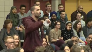 Audience member calls Trudeau a 'liar' at Winnipeg town hall