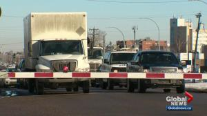 Feds provide funding to change 50 Street train crossing