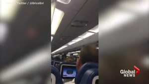 Passenger captures confusion, anger aboard Air Transat flight grounded in Ottawa