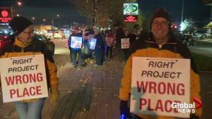 Kelowna residents protest housing project for homeless (01:51)