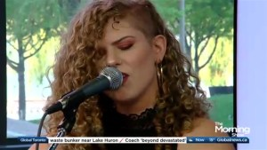 Alexis Lynn performs 'Promises'