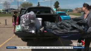 Nearly 700 wildfire evacuees register at Slave Lake reception centre