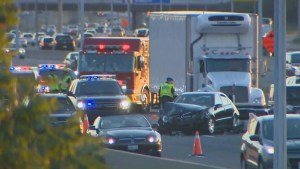 80-year-old man dead after 7-vehicle collision on Highway 401 in Mississauga
