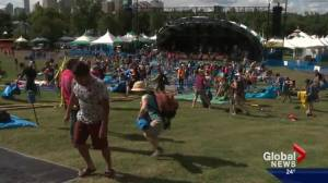 Edmonton Folk Music Festival strums up excitement for music lovers once again (00:52)