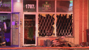 Laval police investigate suspected arson at Chomedy vape