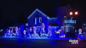 Frozen themed decorations draw thousands to Ahuntsic-Cartierville neighbourhood