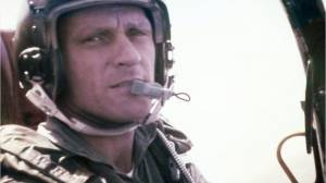 Son of Vietnam veteran flies father's remains home