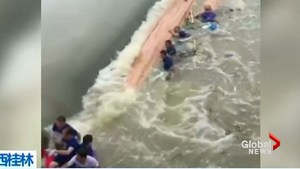 17 killed after dragon boats capsize in South China