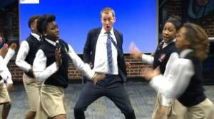 Teacher's amazing dance video with students goes viral