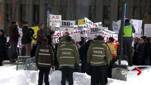 Quebec taxi bill hearings begin