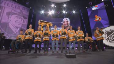 00e606005 Many of the surviving members of the Humboldt Broncos were on hand at the NHL  Awards on Wednesday night as head coach Darcy Haugan