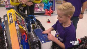 Calgary boy with rare disorder dashes for toys during 3-minute spree (01:28)
