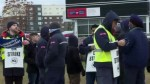 Businesses push federal government to resolve Canada Post strike