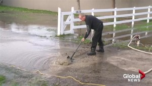 Culvert clearing causes Kelowna neighbourhood to flood