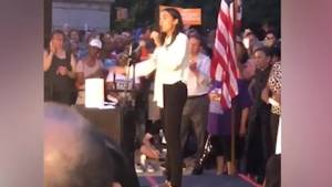 AOC calls threatening violence against women 'a warning sign for mass shooters' (00:48)