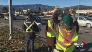 Peaceful yellow vest protestors in Kelowna, B.C. (b-roll)