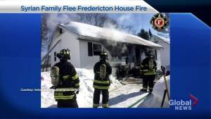 Syrian family of 8 escapes Saturday morning house fire in Fredericton (00:40)