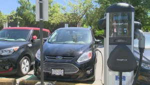 B.C. government pushing clean energy vehicles
