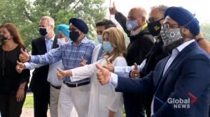 West Island Sikh community makes sizeable donation to Lakeshore General Hospital (01:29)