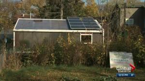 High-tech solar greenhouse at University of Alberta (02:13)