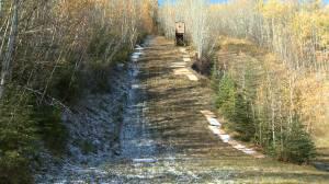 Deal with Red Deer ski hill saves Alberta ski-jumping season