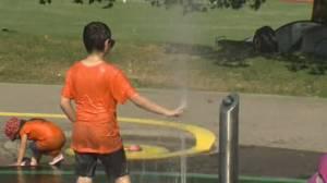 Dangerous heat wave continues to batter British Columbians (02:19)