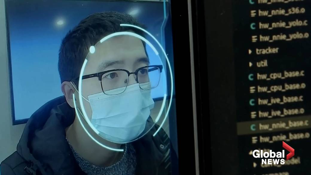 Click to play video 'Facial recognition tech targets people wearing masks amid coronavirus outbreak'