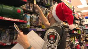 "Kingston Police host ""Shop with a Cop"" shopping spree despite pandemic (01:44)"