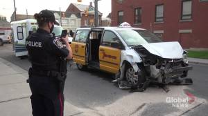 3 vehicle collision at intersection in Peterborough sends 1 to hospital (00:29)