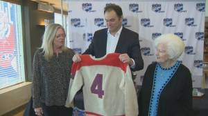 Hockey legend Jean Béliveau's possessions go up for auction