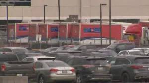 80 employees self-isolating after COVID-19 outbreak at Mississauga Canada Post facility (02:09)