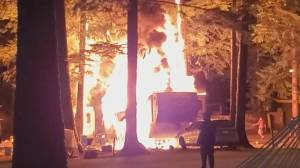 An eye witness describes what he saw during the moments when a trailer burst into flames (01:35)