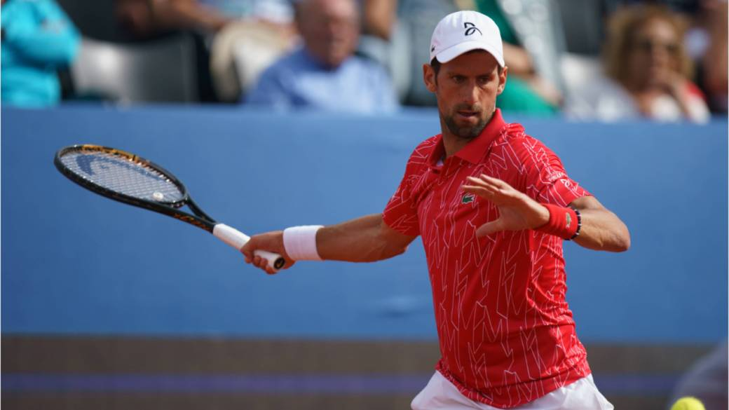 Click to play video 'Novak Djokovic tests positive for COVID-19'