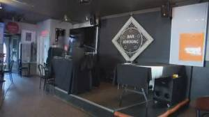 Quebec City karaoke bar now epicentre of COVID-19 outbreak (01:40)