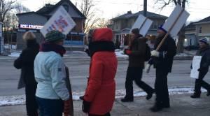 Lindsay, Ont. high school teachers go on 1-day strike yet again