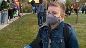 Kids go back to school in Saskatoon amid novel coronavirus pandemic: 'It's weird' (01:31)