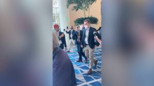 CNN's Jim Acosta accosted by attendees at CPAC (00:38)