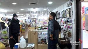 Chinatown merchants welcome new police crime-prevention efforts (02:06)