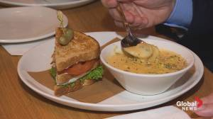 Foodie Tuesday: Moxie's Grill & Bar – Nova Centre (05:43)