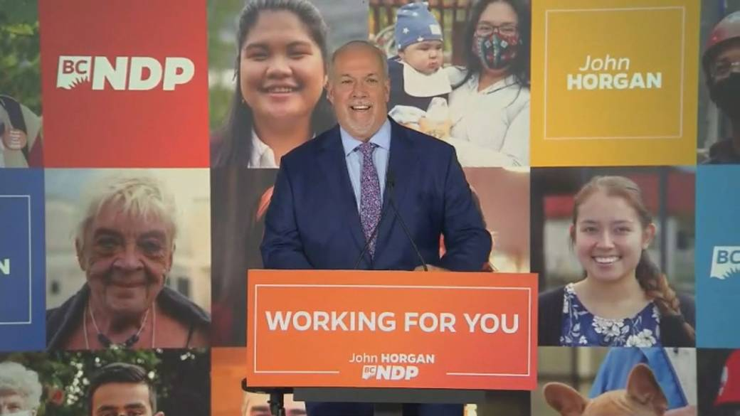Click to play video 'B.C. NDP's pandemic election gamble pays off, wins majority government'