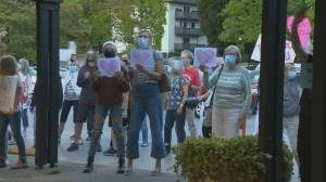 Show of support for B.C. health care workers (01:01)