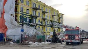 Scaffolding collapses at southwest Edmonton condo construction site
