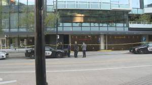 Police investigate shooting at Fairmont hotel in downtown Vancouver (01:12)