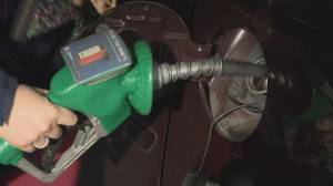 Gas prices drop as government proposes new 'transparency' laws