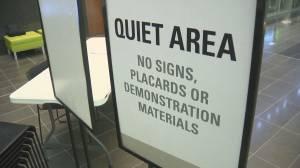 Surrey Council passes amendment to signage bylaw (01:59)