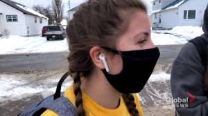N.B. schools remind students to mask up (01:58)