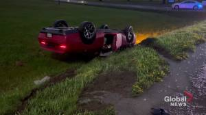 No injuries following rollover crash in Cobourg (00:27)