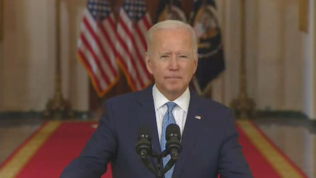 Click to play video: 'Afghanistan crisis: Biden takes responsibility for decision to leave'