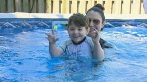 Volunteers install pool for Toronto boy with ultra-rare disease in need of therapy during COVID-19 (02:27)
