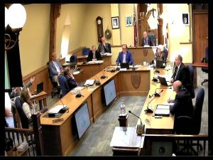 Belleville city council fires integrity commissioner, one councillor ejected from meeting (02:36)